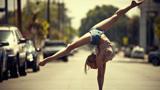 Акробатика: видове комплекси в часовете по физическо възпитание в залата
