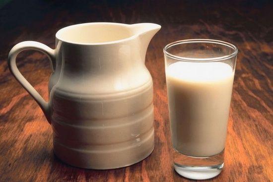 Како корисни ryazhenka? Што е подобро, ферментирани печени млеко или јогурт?