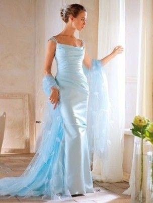 Сини свадба фустан - симбол на верност и бескрајна љубов