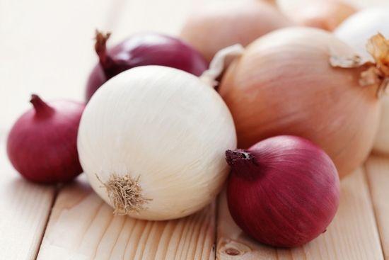 Кромид: придобивките и штетите. Она што е корисно зелени кромид, корисни својства на црвен кромид