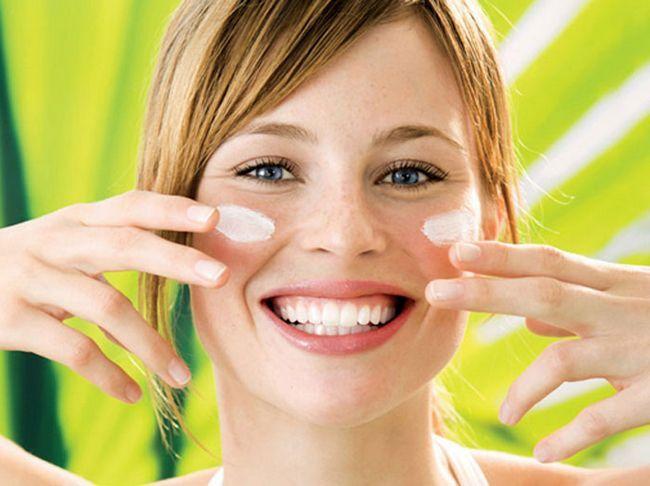 Очила SPF50 крем за лице - што е подобро? Критика и апликација