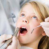 Zánět sliznice v ústech stomatitida